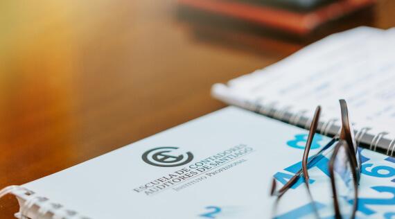 La ECAS celebra sus 4 años de acreditación